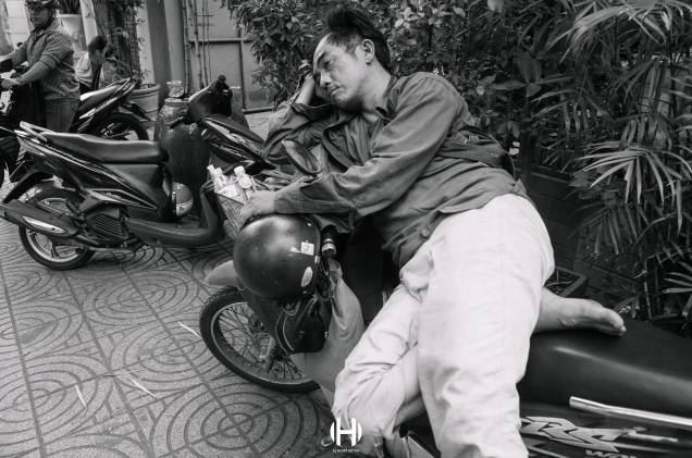 Vietnam, Saigon, Men, Moped, Motorcycle, Street Photography, Street, Black and White, Ricoh GR, Ricoh,_-19